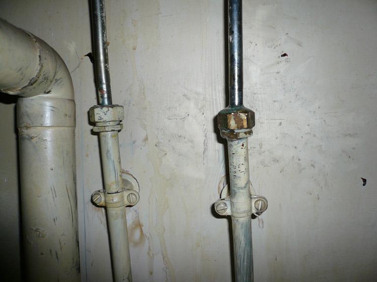 Fuite l 39 arriv e d 39 eau de l 39 vier - Arrivee d eau salle de bain ...